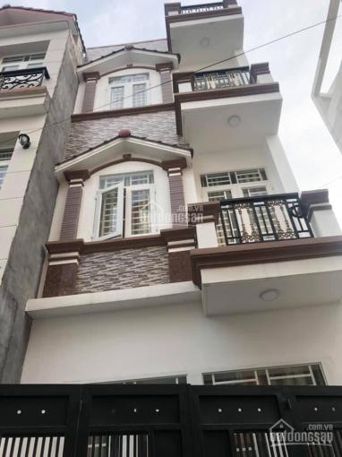 Bán gấp nhà đường Số 11, Bình Hưng Hòa, Bình Tân giá tốt, xem nhà ngay LH: 0961.215.395 Trinh
