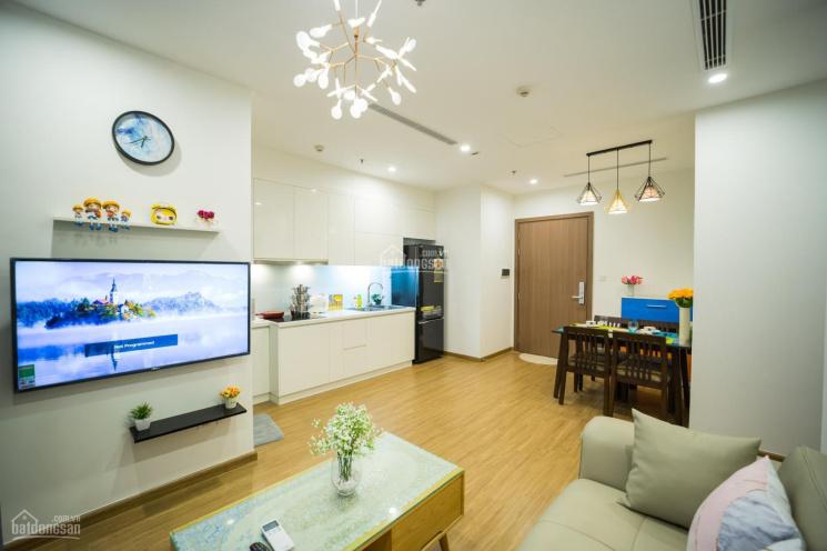 Cần cho thuê gấp căn hộ 2PN DT 75m2 full nội thất ở CC Nghĩa Đô giá chỉ 8tr/th. LH0334421385