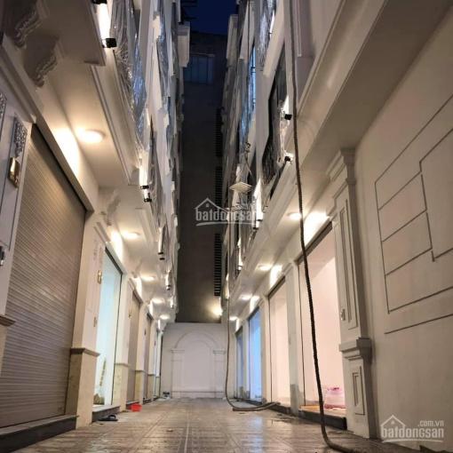 Nhà đẹp đón tết Thạch Bàn, ô tô vào nhà, 31m2 x 5 tầng, mặt tiền 3.5m, giá 2.65 tỷ. LH: 0936274786
