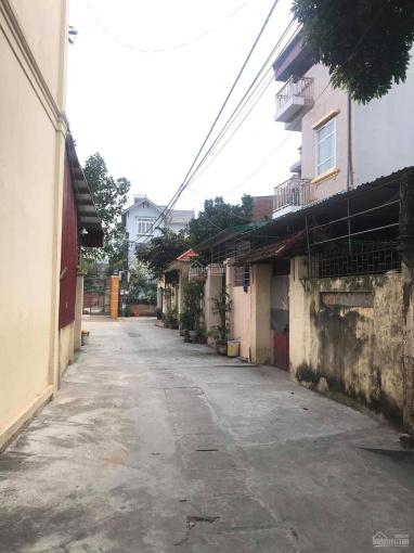 Cần thanh khoản trước tết mảnh đất tại Cửu Việt 2, Trâu Quỳ, Gia Lâm. DT 36m2, MT 5m, ô tô vào đất