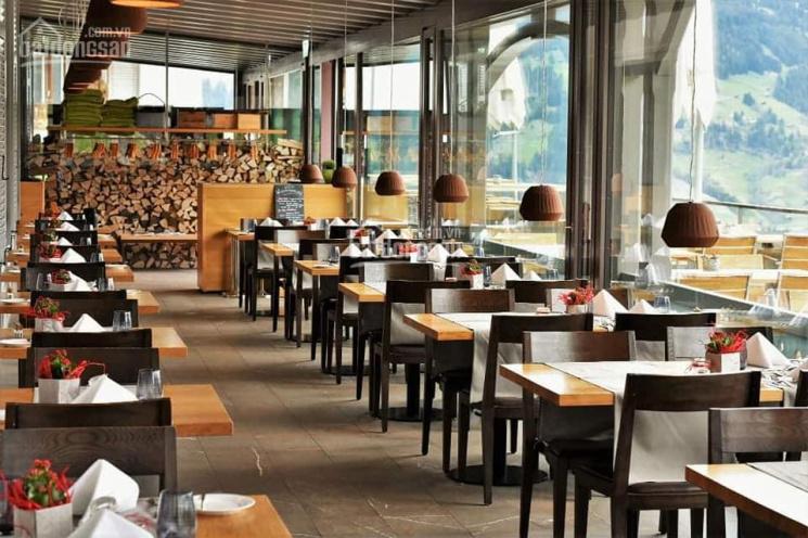 Chuyển nhượng lại nhà hàng tại phố Núi Trúc - Ba Đình (Diện tích 120m2/sàn, mặt tiền 10.5m)
