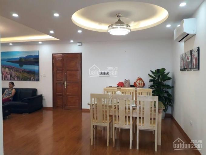 Bán nhà 5 tầng xây mới ngõ 9 Võ Chí Công, Nghĩa Đô, Cầu Giấy, Hà Nội. DT 40m2, giá 3.8 tỷ
