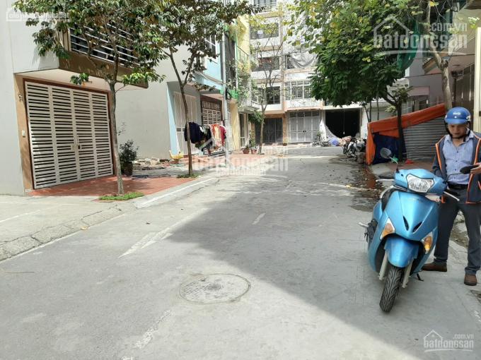 Cho thuê nhà liền kề khu dịch vụ Cây Quýt, ngay khu đô thị Văn Khê dt 50m2 x 4 tầng. Giá 15tr/th