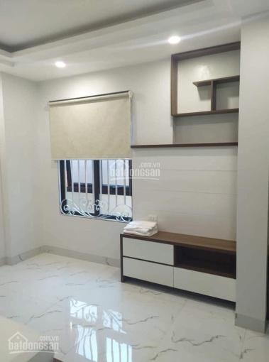 Cho thuê chung cư mini Ngọc Lâm, Long Biên, S: 40m2, nội thất đầy đủ, giá 5 triệu/tháng, 0981716196