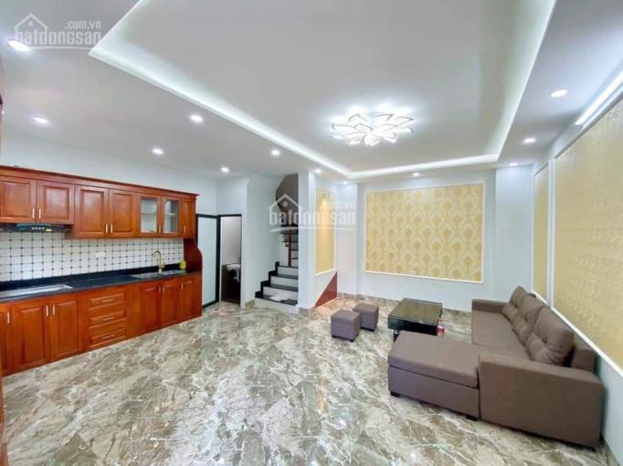 Bán nhà phố Nguyễn Sơn, 5 tầng, 45m2, mới xây, nội thất đẹp, khu dân trí cao, 3.7 tỷ, LH 0936367270