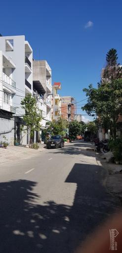 Cho thuê kho mặt tiền đường số Lâm Văn Bền, Tân Quy, quận 7. DT: 8*20m, 1 trệt, 1 lửng. Giá: 25tr