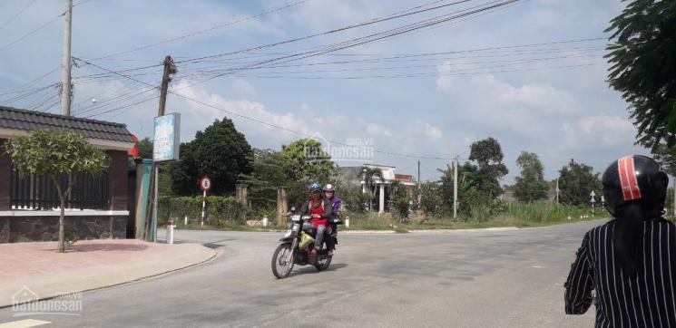 Bán lô đất mặt tiền ĐT 821 đối diện trường học xã Lộc Giang, huyện Đức Hòa, DT 472m2