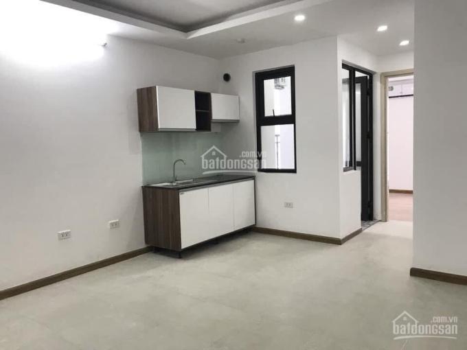Cho thuê chung cư RuBy City CT3 Phúc Lợi, S: 50m2, nội thất cơ bản, giá 5tr/tháng. LH: 0981716196