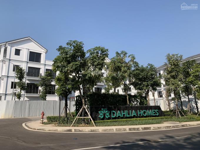 Cần bán liền kề Đông Nam ST5 Gamuda, trả chậm 18 tháng, gần công viên, vườn hoa. Liên hệ 0962686500