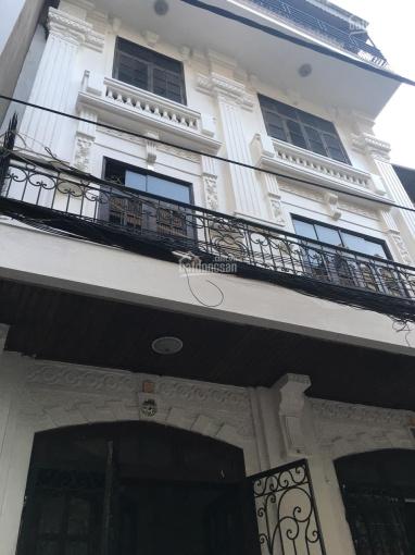 Tôi cần cho thuê nhà mặt phố Nguyễn Khang, Cầu Giấy, 100m2, 6 tầng, 45tr/th