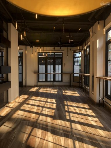 Cho thuê căn hộ 15 phòng full nội thất cao cấp, 1MB coffee, sân thượng, P13, Bình Thạnh