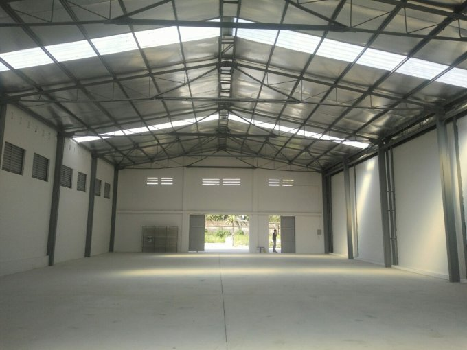 Cho thuê kho xưởng diện tích 1000m2 mới xây xong tại thị trấn Đông Anh, Hà Nôi. LH 0913510081