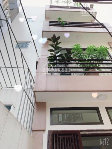 Bán nhà dân xây riêng lẻ 01 căn duy nhất tại Gia Quất 30m2x4 tầng ngõ 2,5m ô tô đỗ cửa. Giá 2.12 tỷ