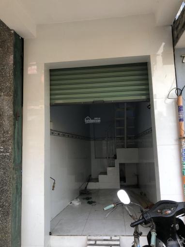 Cần cho thuê nhà MT đường Khánh Hội, Quận 4 (2.5x6m) 60m2, giá 8tr/th ưu tiên hợp đồng dài hạn
