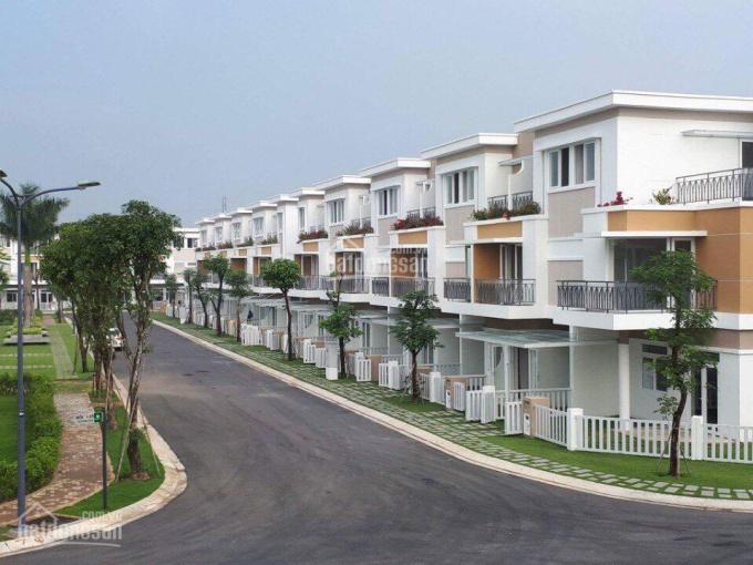 Cần chuyển nhượng lại biệt thự Lovera Park - Khang Điền - Bình Chánh, giá cực rẻ 7 tỷ