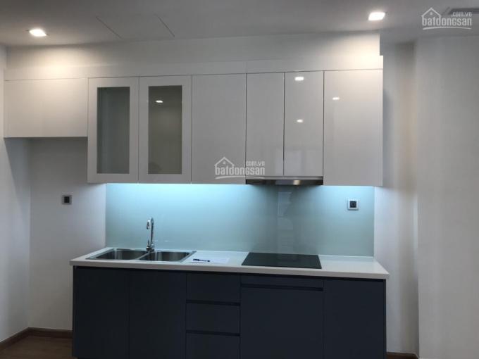 Cần cho thuê gấp căn hộ 2 ngủ tại Vinhomes Green Bay