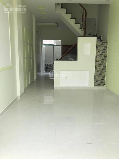 Cho thuê nhà 65 Tôn Đản, P 4, Quận 4, giá 25 triệu/th