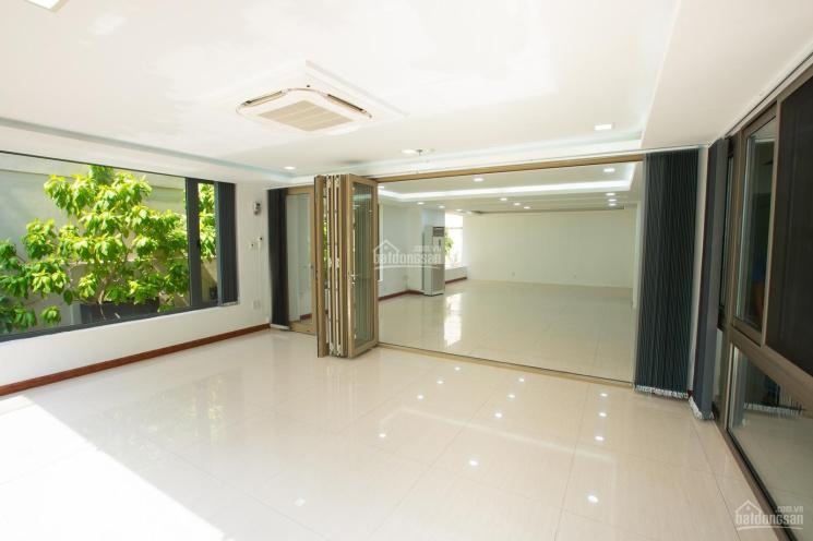 Cho thuê mặt bằng tầng trệt tại tòa nhà 42 Đặng Dung, P. Tân Định, Quận 1 - CÓ PHÍ MG 0908193181