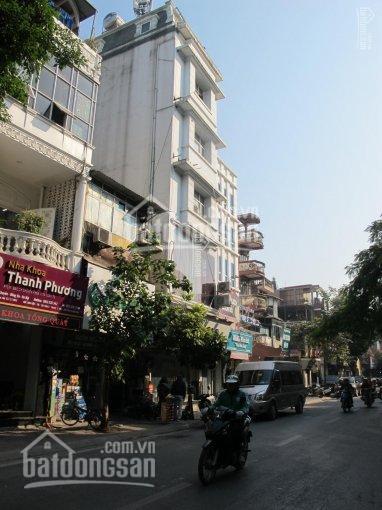 Cho thuê nhà mặt phố Nguyễn Khuyến, 35m2 x 5T, MT 5,2m. Giá: 25tr/th, LH Long: 0378513333