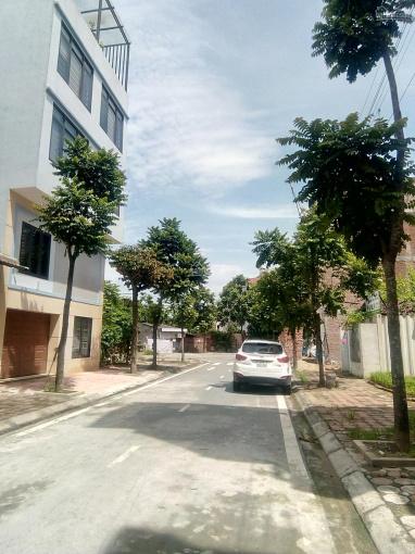 Bán đất mặt ngõ phố Sài Đồng đường rộng 7m có vỉa hè, ô tô tránh nhau. DT: 98m2 giá 5 tỷ