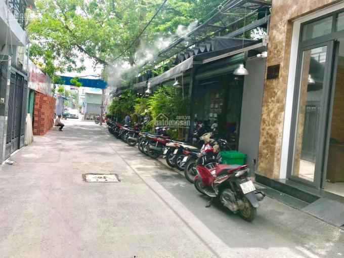 Nhà nhỏ ngay Aeon Mall Tân Phú giá tốt 3,2 tỷ tặng GPXD 5 tấm