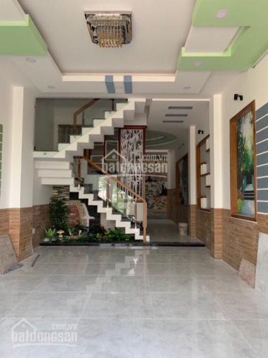 Nhà Q12, 3 tấm cách Nguyễn Ảnh Thủ 100m, chỉ 3.1 tỷ, tặng full bộ nội thất. LH: 0356669091