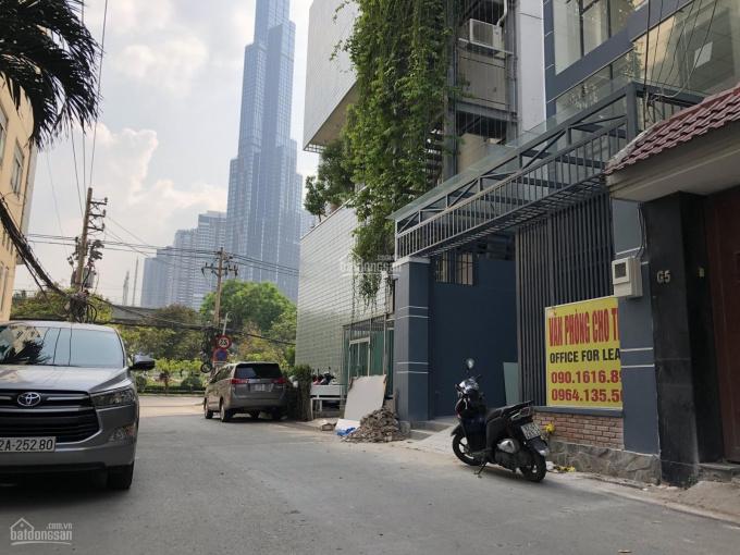 Cho thuê tòa nhà làm văn phòng, trệt 5 lầu, DT: 6,2x20m, LH 090 1616 899