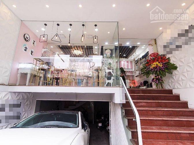 Cho thuê nhà mặt phố Bà Triệu, 100m2 x 3 tầng, MT 7m, thuê 150tr/th, LH 0944093323