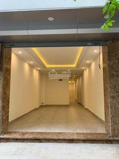 Cho thuê nhà ngõ 35 Cát Linh 63m2 x 2 tầng, MT 4m, nhà mới thông sàn. Giá 23tr/th, LH: 0974433383