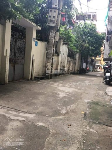 Bán nhà cấp 4 Nguyễn Khang, Cầu Giấy. Diện tích 90m2, phân lô, ô tô 7 chỗ vào nhà chỉ 5,4 tỷ