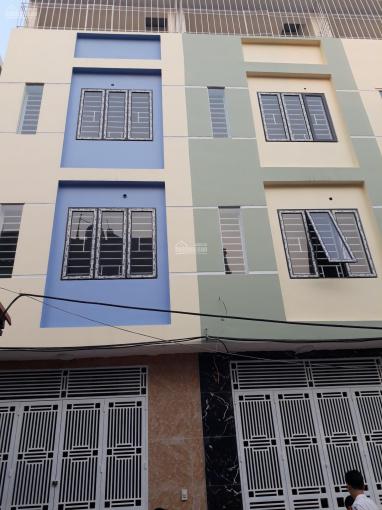Bán nhà La Khê - Hà Đông cực hot, giá cực mềm. Vị trí cực đẹp, 4 tầng - 3PN, giá 2.1 tỷ
