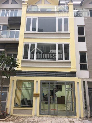 Cho thuê nhà mặt phố Thiên Hiền, Mỹ Đình KD các mô hình. DT 70m2, 4 tầng MT 4,5m, giá 25tr