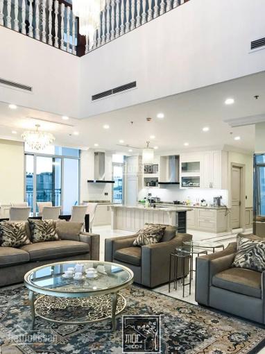 Chính chủ bán nhà riêng mặt ngõ 106 Hoàng Quốc Việt 40m2 x 5 tầng MT4m 8.6 tỷ nhà đẹp 0904.556.956
