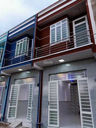 Mua bán nhà phố Bình Chánh 2 tầng DT 3.5x10m, ngay chợ Hưng Long giá chỉ TT 650tr