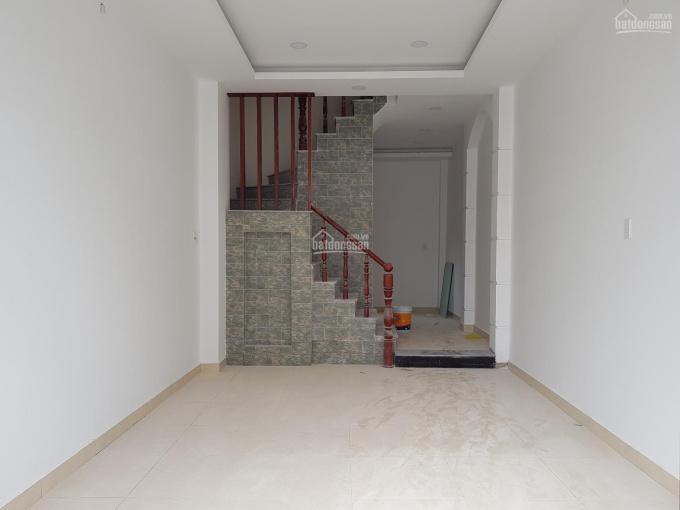 Bán nhà Quốc Lộ 50, sổ riêng từng căn, giá từ 700 triệu - 1.5 tỷ. 0933323533