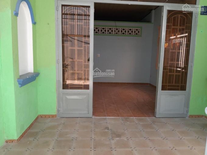Cần bán gấp nhà cấp 4 đường Hồ Văn Tắng, Củ Chi, 120m2, giá 1 tỷ. SHR chính chủ bán 0901066621