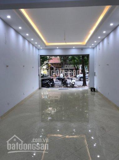 Cho thuê nhà đường Nguyễn Khuyến - Đống Đa, 80m2 x 2 tầng, mt 5,5m thông sàn