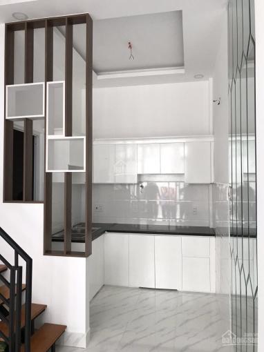 Bán nhà 1 trệt 2 lầu, 3 phòng ngủ, 3WC, nằm trên trục đường Tô Ngọc Vân, quận 12