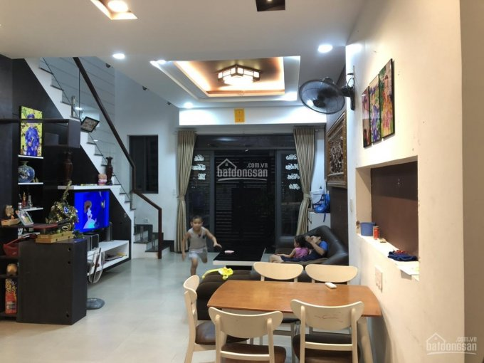 Gia đình cần bán gấp căn nhà rất mới và đẹp đường Bưng Ông Thoàn, Tăng Nhơn Phú B, Quận 9