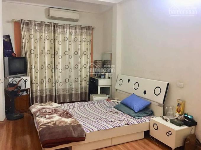 Bán nhà mặt phố rẻ nhất quận Hoàng Mai chỉ 900 triệu, kinh doanh, 25m2 x 2 tầng, LH: 0989904355