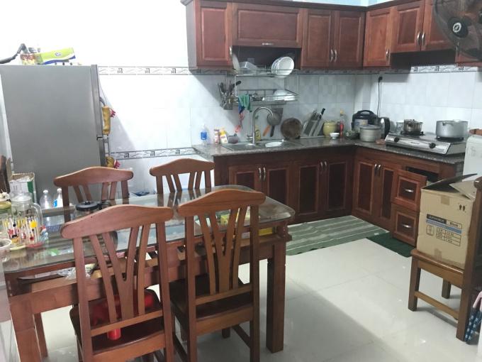 Gia đình mình cần tiền bán gấp nhà đường Dương Đình Hội, Tăng Nhơn Phú B, Q9, giá tốt