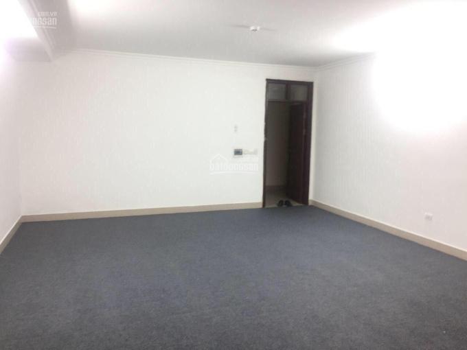 Cho thuê văn phòng tại Mai Dịch - Cầu Giấy, diện tích mỗi 60m2, giá 8tr/th. Liên hệ 0355937436