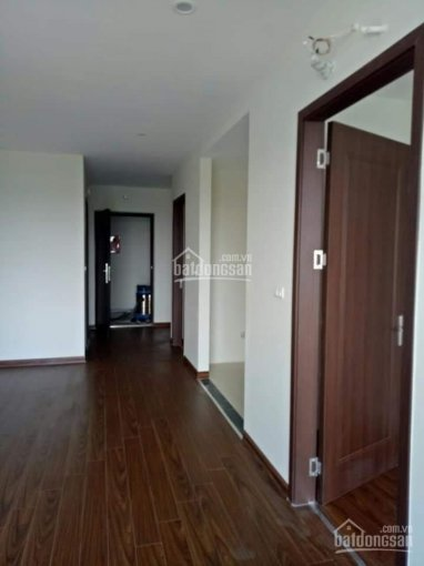 Chính chủ cho thuê căn hộ 65m2 chung cư Hà Nội Homeland, 2PN, giá 5,5 triệu/tháng. LH: 0962251630
