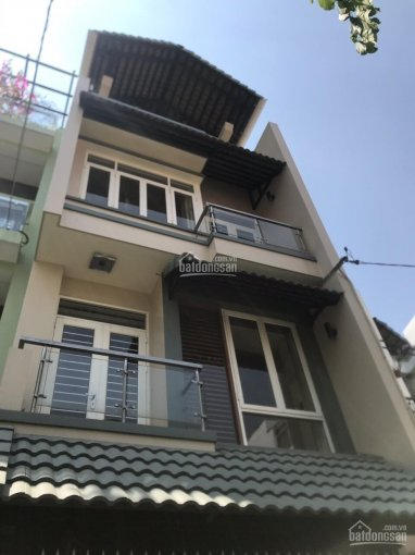 Cho thuê nhà nguyên căn mặt tiền đường Nguyễn Xí, Q. Bình Thạnh