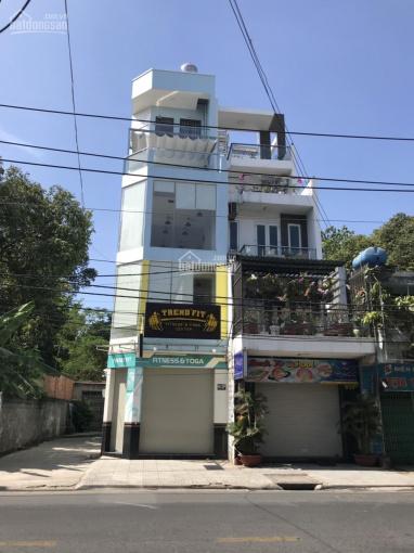 Cho thuê nhà mặt tiền đường Lạc Long Quân, Quận Tân Bình, ngang 4m3x18m 1 trệt, 2 lầu, giá 40tr/th