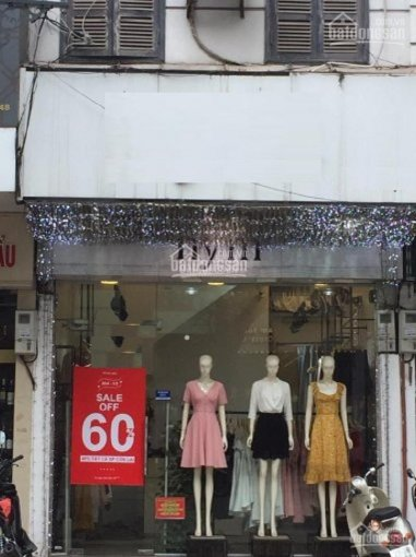 Cửa hàng kinh doanh - mặt phố Xuân Thủy. Diện tích 50m2 x 2 tầng, mặt tiền 3,6m hè rộng