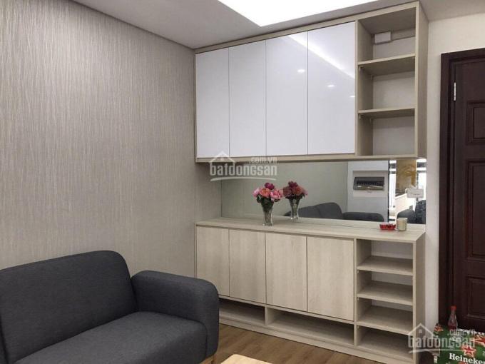 Ban quản lý dự án Home City cho thuê các căn hộ 2 - 3 phòng ngủ, giá 10 triệu/tháng. LH: 0973261093