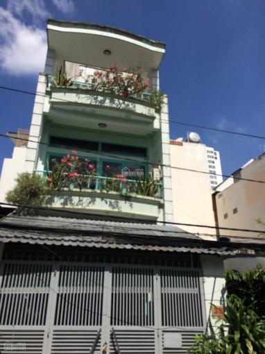 Cho thuê nhà 6x22m trệt 2 lầu, sân rộng để ô tô gần Trần Não P. Bình An. LH 0936 80 08 79