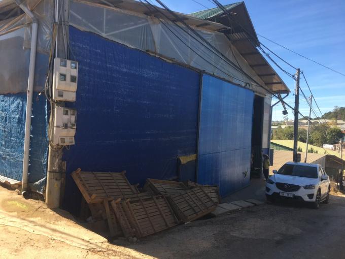 Chính chủ cho thuê nhanh kho 300m2, đường xe tải cạnh Hasfarm Đà Lạt. LH Anh Hòa - 0983066070