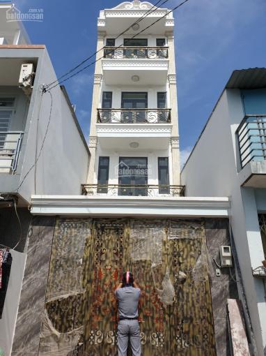 Bán nhà mới 4x24m mặt tiền đường Xuân Thới 13 gần UBND xã Xuân Thới Đông, Hóc Môn